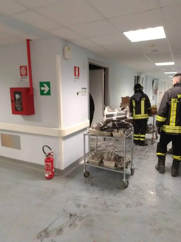 Incendio all'ospedale di Cona: nessun ferito