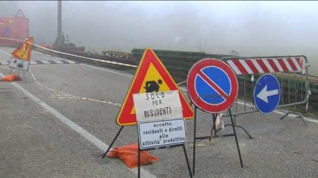 """Ponte 'fantasma' a Cocomaro, residenti e Lega protestano. Modonesi: """"Lavori ripartono a metà gennaio"""""""