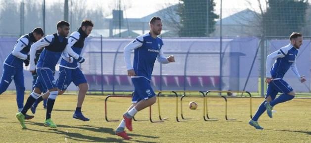 SPAL: Paquetà squalificato per tre turni, Gomis rinnova fino al 2022