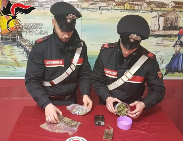 Coppia di milanesi nei guai per droga
