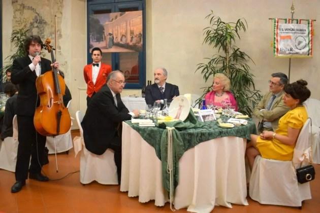"""Le scuole interpretano """"Boldini e la moda"""" in mostra al Palazzo dei Diamanti"""