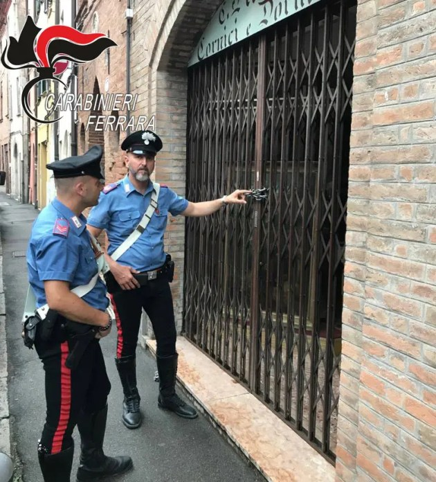 Antiquario rapinato a Ferrara: fermato terzo complice. E' minorenne
