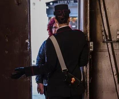 carabinieri violenza donne