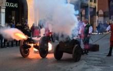 Il Carnevale degli Este colora il centro di Ferrara – VIDEO