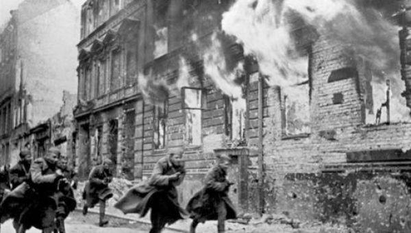 Durante La Noche de los Cristales Rotos unas 100 personas fueron asesinadas y otras 30 mil secuestradas y llevadas a campos de concentración.