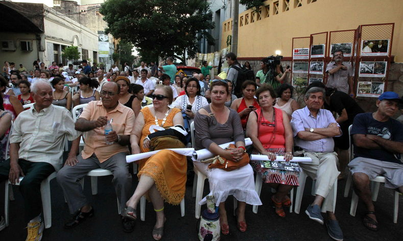 A group of victims of the Stroessner dictatorship in Paraguay meet in downtown Asuncion, February 2, 2013.