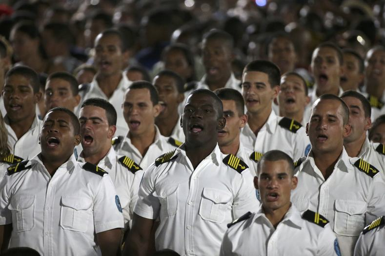 Sailors pay tribute to Fidel Castro.