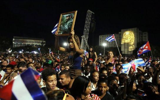 Los cubanos dieron el último adiós a su líder.