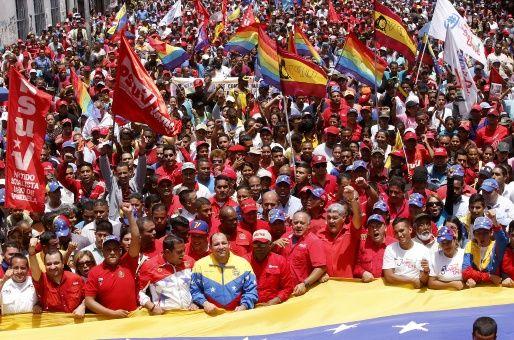 """La """"marea roja"""" en apoyo al gobierno venezolano se congregará en Caracas este 19 de abril."""