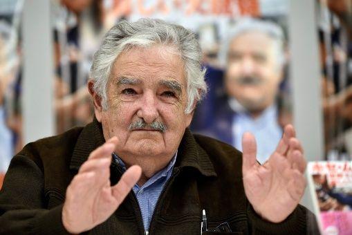 Mujica aseguró que cada país debe resolver sus asuntos sin la intervención extranjera.