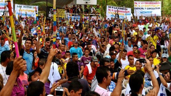 Diversas organizaciones ambientales y pueblos indígenas en Colombia han expresado, en reiteradas oportunidades, su rechazo por los continuos asesinatos de sus dirigentes (35 muertes en 2017).