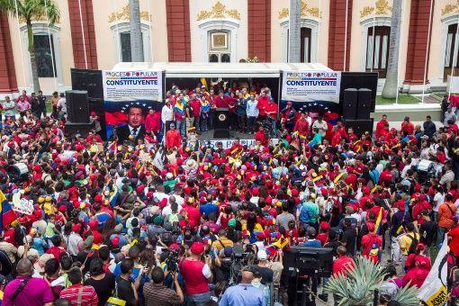Hasta el Palacio de Miraflores, marcharán científicos venezolanos para demostrar su apoyo a la Constituyente.