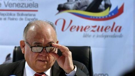 """Mario Isea afirma que la derecha en España está """"a favor de los Estados Unidos y sus aliados""""."""