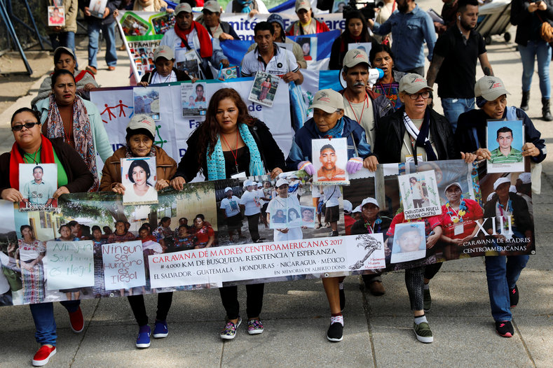Not only searching for their children, the Caravan also protests against the policies of Mexico and the United States that cause institutional violence against their children.