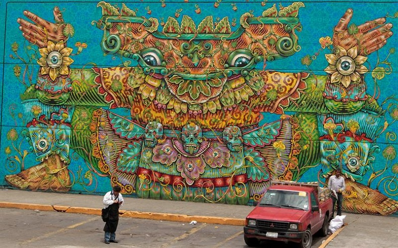 The project is centered on the popular Pre-Hispanic Mexican tradition of murals.