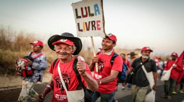 Serán un total de 50 kilómetros de caminatas que estos ciudadanos recorrerán en un lapso de cuatro días hasta arribar a Brasilia.