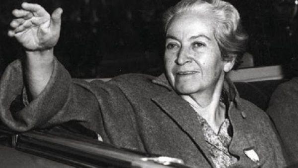 Su obra es considerada como de las más destacadas en la historia mundial literaria.