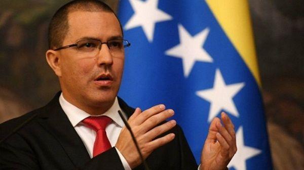 El canciller venezolano, Jorge Arreaza, expresó que EE.UU. necesita con urgencia un Marco de Transición, para cambiar su sistema por uno que proteja a sus ciudadanos y ciudadanas.