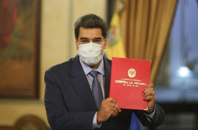 Presidente Maduro presenta informe La verdad de Venezuela | Noticias | teleSUR