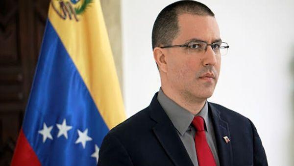 Jorge Arreaza, condenó las declaraciones de la Cancillería colombiana sobre las operaciones de la Fuerza Armada Nacional Bolivariana en el estado fronterizo de Apure.