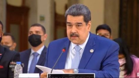 """""""Hay una contradicción entre la OEA y la Celac; es la vieja contradicción del monroismo y el bolivarianismo, y la Celac es nuestro camino"""", reafirmó."""