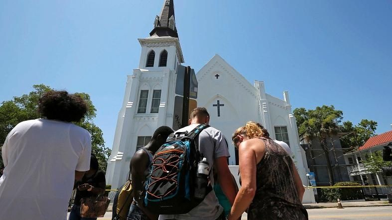 https://i2.wp.com/www.telesurtv.net/export/sites/telesur/img/news/2015/06/18/shooting_south_carolina_emmanuel_ame_church_crop1434656616519.jpg_931454118.jpg