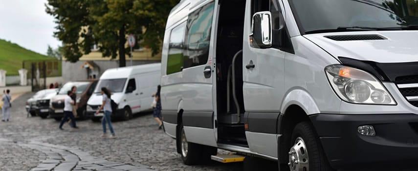 Arriendo Van 12 personas en Santiago