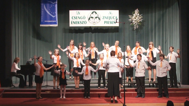 A párkányi Liszt Ferenc Művészeti Alapiskola Primula Énekkara