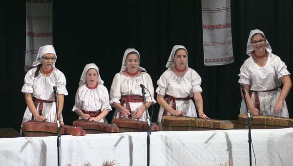 Kis Viza citerazenekar, Naszvad