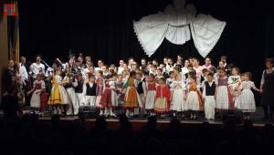 """Kis Csali Valacsay Franciska """"Mátyusföldi gyermekjátékok és táncok"""""""