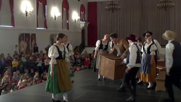 A tánc világnapja Gödöllőn