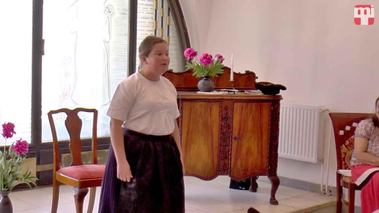 Ipolyi - Kovács Viktória, Béna