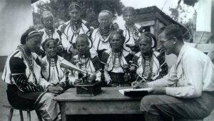 Domokos Pál Péter a csángók között, 1929 körül
