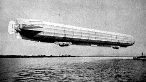 Zeppelin utolsó léghajója repülés közben