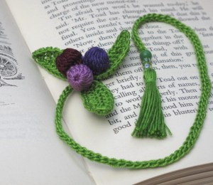 d.i.y crochet kit for new leaf bookmark