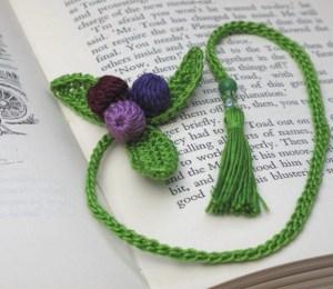 d.i.y crochet kit for new leaf bookmark