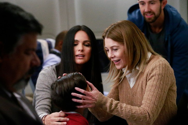 "GREY'S ANATOMY - ""In the Air Tonight"" - Meredith and Nathan have to confront their feelings when they are are stuck sitting next to each other on a plane, on ""Grey's Anatomy,"" THURSDAY, APRIL 13 (8:00-9:01 p.m. EDT), on The ABC Television Network. (ABC/Mitchell Haaseth)"