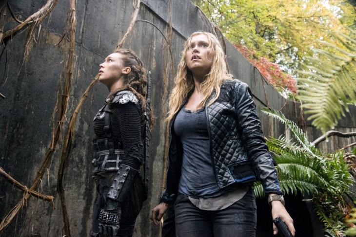 The 100 Clarke and Lexa