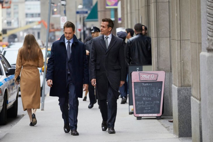 """SUITS -- """"Divide and Conquer"""" Episode 704 -- Pictured: (l-r) Patrick J. Adams as Michael Ross, Gabriel Macht as Harvey Specter -- (Photo by: Shane Mahood/USA Network)"""
