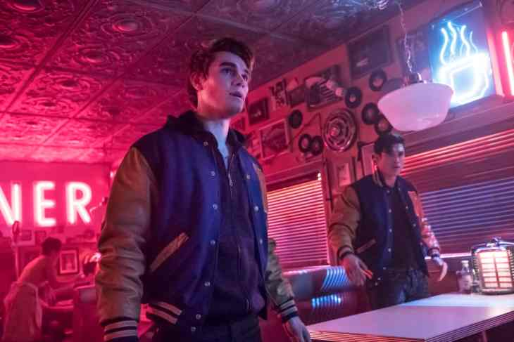 Riverdale Season 2 Episode 21 - Chapter Thirty-Four: Judgment Night