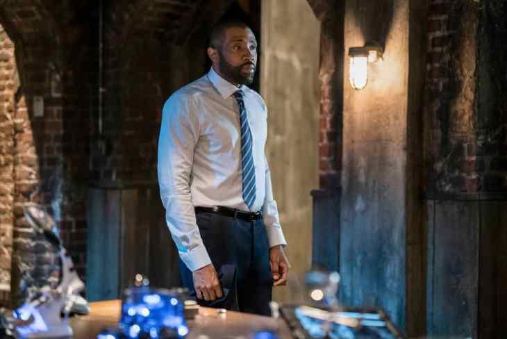 Cress Williams as Jefferson - Black Lightning Season 2 Episode 2 - Chapter Two: Black Jesus Blues