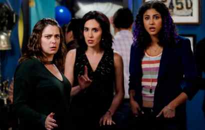 """Crazy Ex-Girlfriend Season 4 Episode 8 - """"I'm Not The Person I Used To Be"""""""
