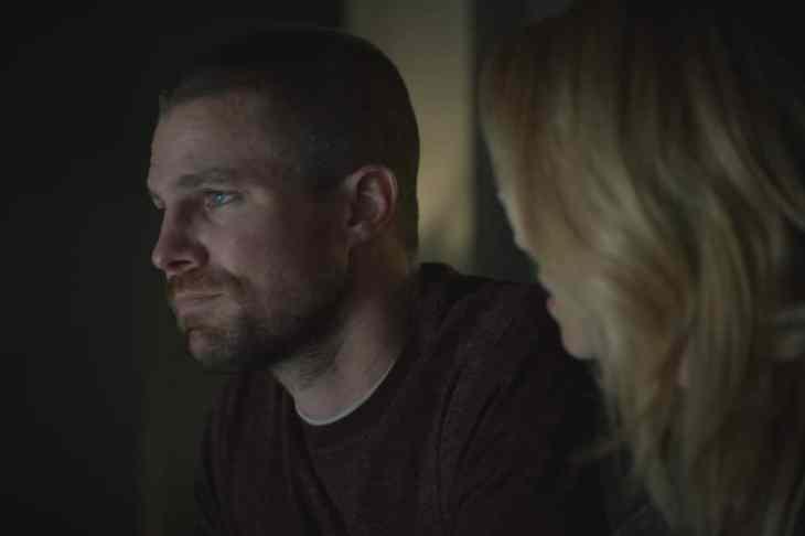 Arrow Season 7 Episode 10 - Stephen Amell as Oliver Queen/Green Arrow and Emily Bett Rickards as Felicity Smoak