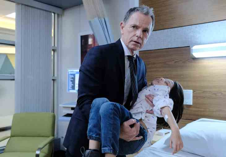 The Resident Season 2 Episode 15 - Bruce Greenwood as Randolph Bell and Evan Whitten