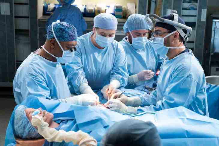 "Grey's Anatomy Season 15 Episode 18 ""Add it Up"""