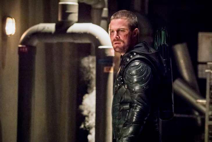 Arrow Season 7 Episode 20 - Stephen Amell as Oliver Queen/Green Arrow