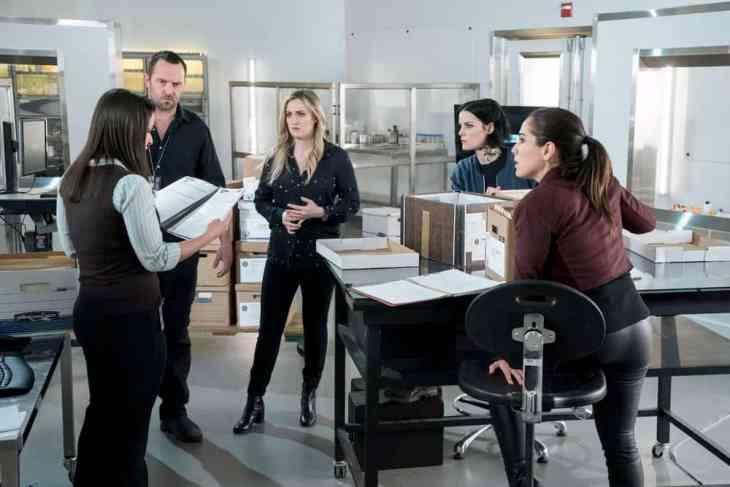 Blindspot - Season 4 Episode 20 - Coder to Killer