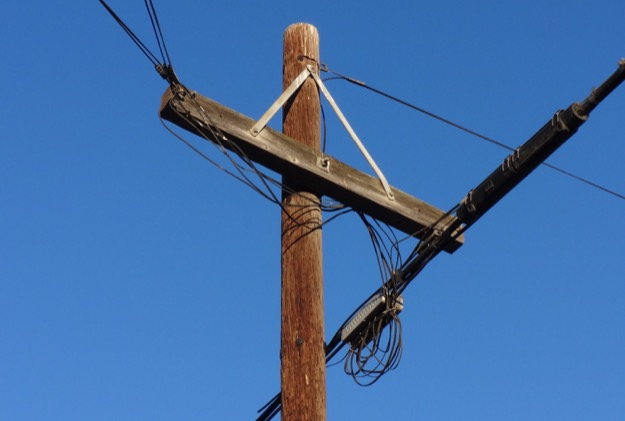 Frontier verizon pole santa barbara county 10oct2015