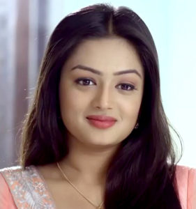 Samiksha-Jaiswal-as-Mehek-Shaurya-Khanna on Mehek zee world