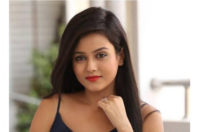 misti chakravarti going to mumbai red light area for babu baga busy movie